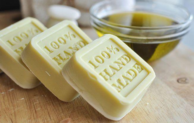 Handmade Natural Soap Vs Mass-Produced Soap